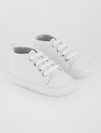 ac974df43dc86 Soldes chaussures chaussons bébé fille pas chers et baskets - mode ...