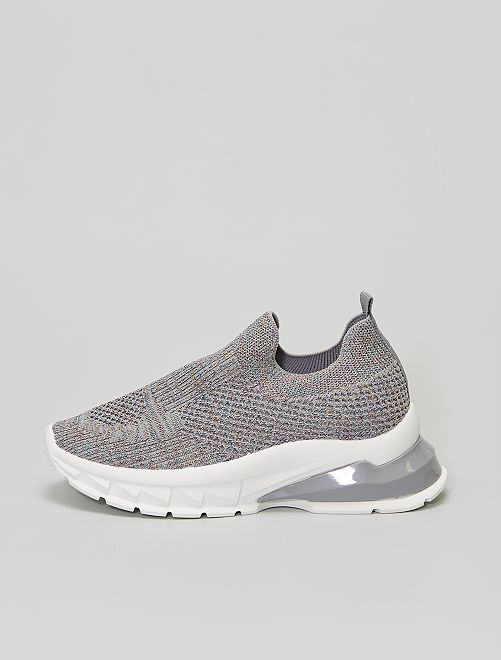 Baskets type chaussons                             gris