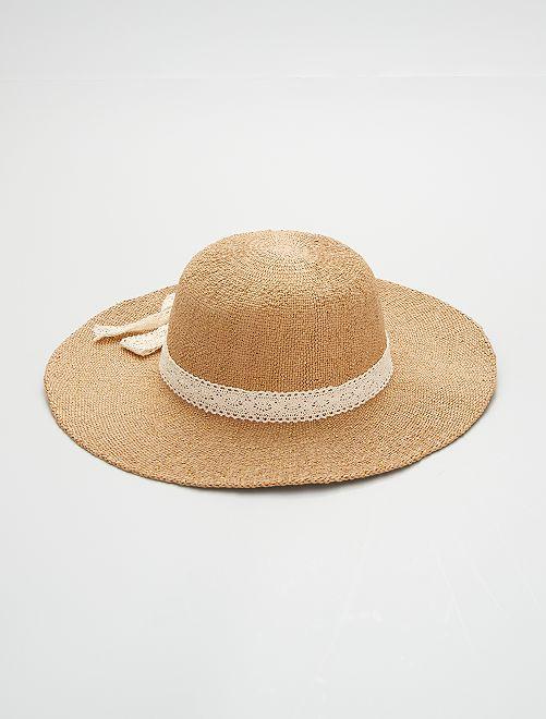 Capeline nœud en crochet                             beige