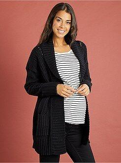 Gilet de grossesse en tricot col châle
