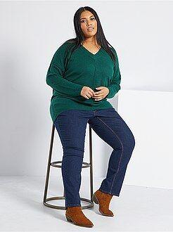 Grande taille femme Jean regular en denim stretch longueur 75 cm