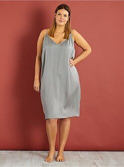 Pyjama, nuisette - Nuisette légère décolletée devant et dos
