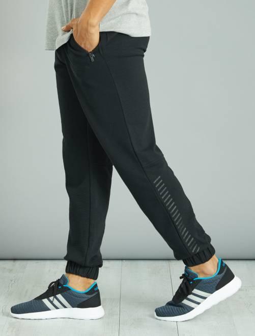 pantalon de sport en molleton l ger textur homme noir kiabi 11 50. Black Bedroom Furniture Sets. Home Design Ideas