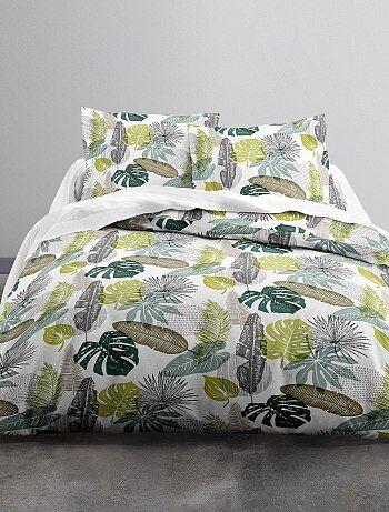 parure de lit 2 personnes imprim e 39 feuilles 39 linge de lit blanc vert kiabi 30 00. Black Bedroom Furniture Sets. Home Design Ideas