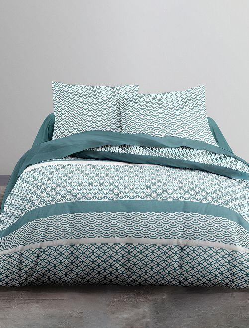 parure de lit 2 personnes linge de lit vert kiabi 20 00. Black Bedroom Furniture Sets. Home Design Ideas
