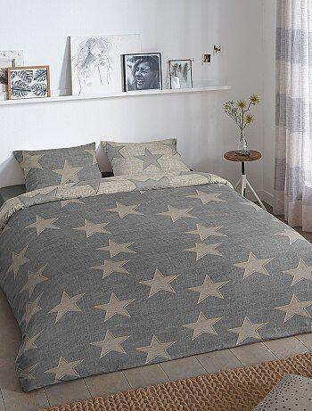 parure de lit imprim e 39 etoiles 39 linge de lit gris kiabi 25 00. Black Bedroom Furniture Sets. Home Design Ideas