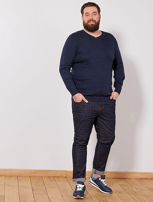pull l ger col v grande taille homme bleu marine kiabi 15 00. Black Bedroom Furniture Sets. Home Design Ideas