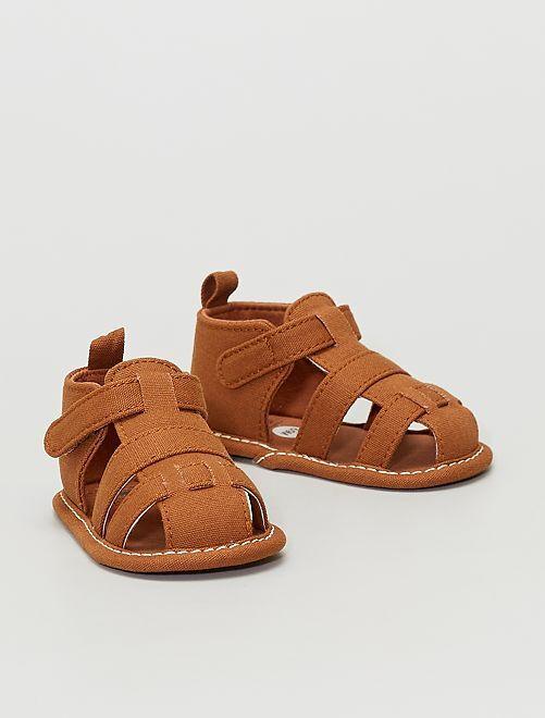 Sandales en toile                                         brun