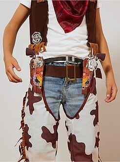 Set cowboy pistolets + ceinture + insigne + étuis - Kiabi