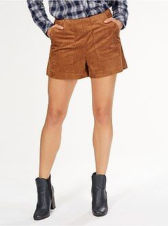 Pantacourt, short - Short droit en suédine avec 2 grandes poches