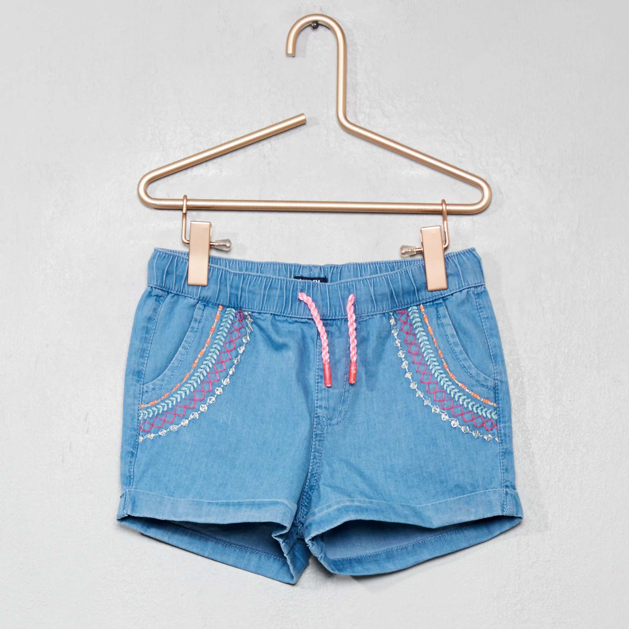 Short en denim brodé Fille - denim - Kiabi - 12 19214a50a59
