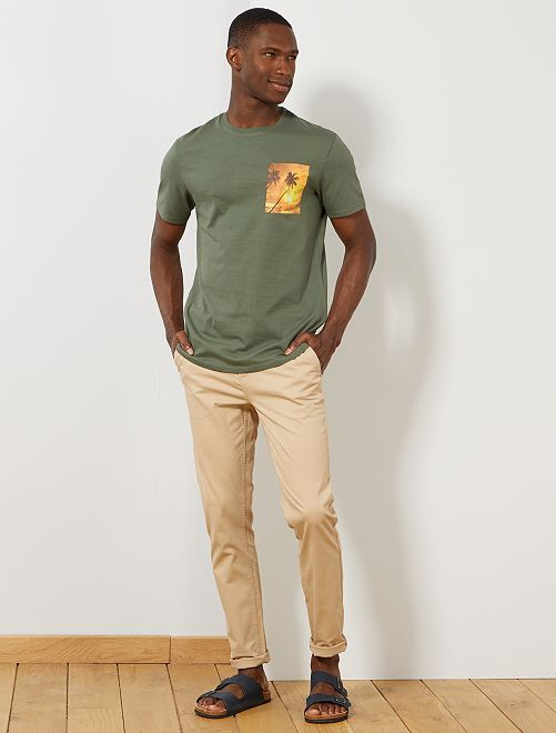 t shirt photoprint summer homme kaki kiabi 5 00. Black Bedroom Furniture Sets. Home Design Ideas