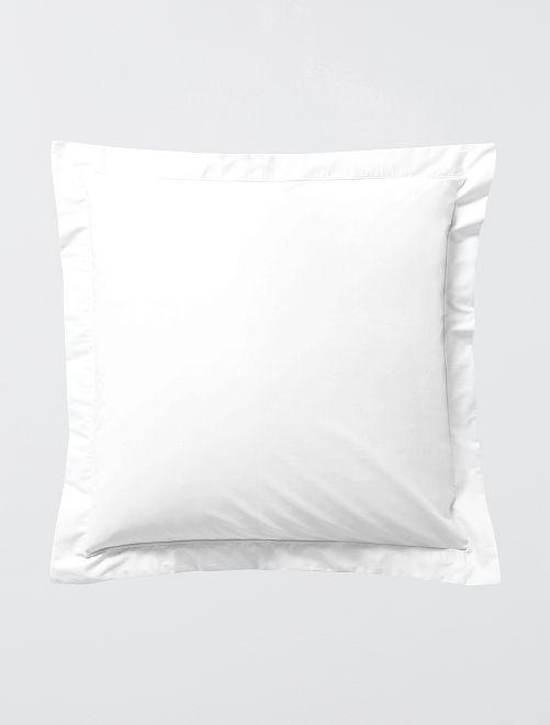 Taie d'oreiller unie à volant plat                                                                 blanc