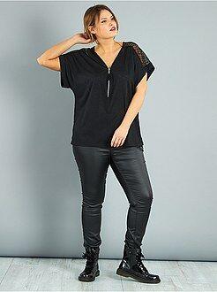 Top, blouse - Top zippé avec dentelle