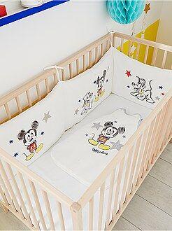 Chambre, bain - Tour de lit velours 'Mickey' - Kiabi