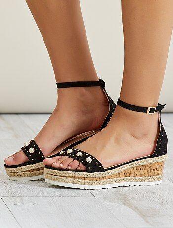 Sandales en suédine - Kiabi