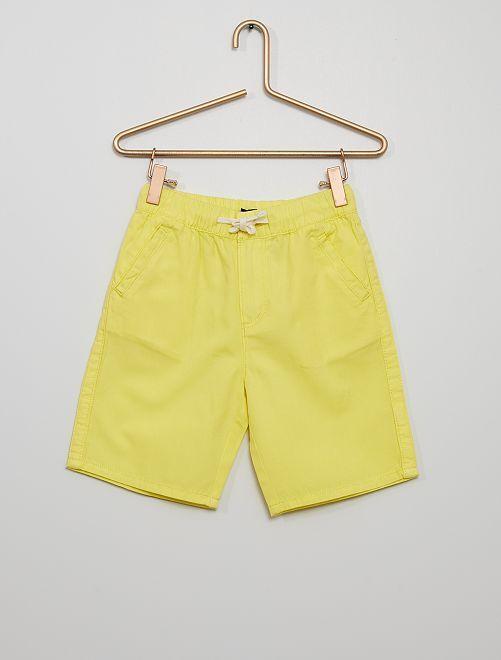 Bermuda                                                     geel