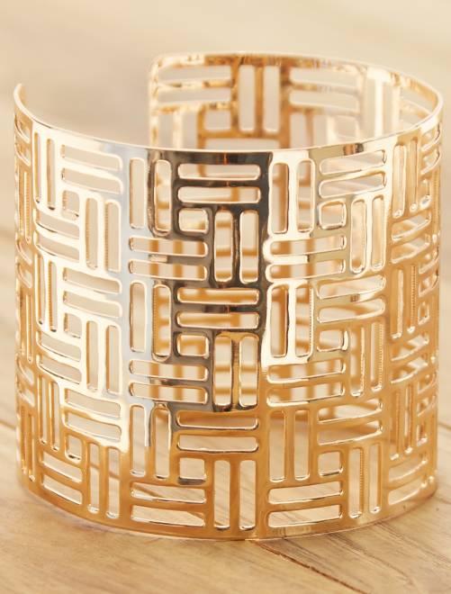 Brede, opengewerkte armband                             GEEL