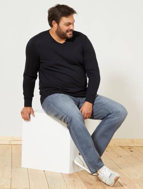 Dunne trui met V-hals, grote maten                                                                             zwart