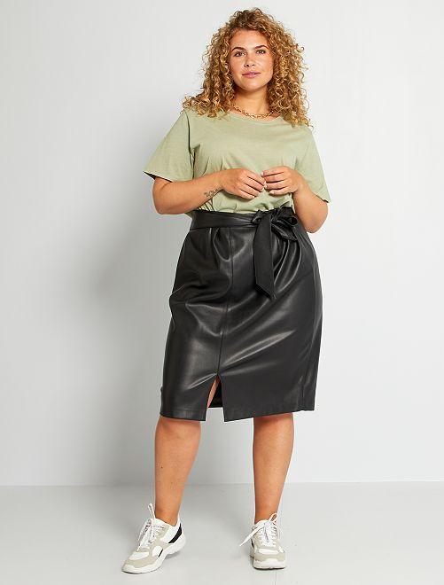 Halflange rok van imitatieleer                             zwart
