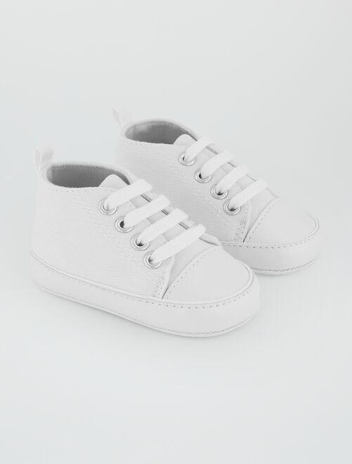 Hoge stoffen sneakers                                                                                                     wit