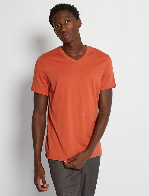 Katoenen, regular-fit T-shirt met V-hals                                                                                                                                                     rode baksteen