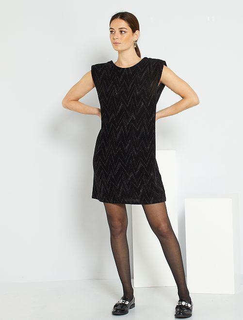 Korte jurk met uitsnijding op de rug                                         zwart