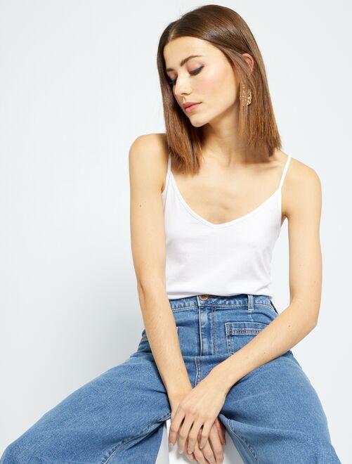 Mouwloze top met smalle bandjes                                                         wit