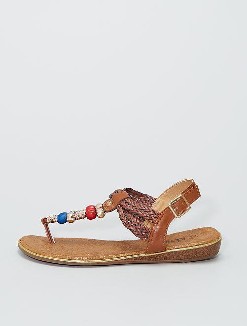 Platte sandalen met kralen                             bruin
