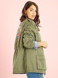 Jas, jack - Safari-jasje met borduursel op de achterkant