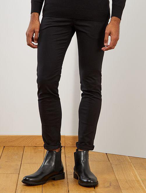 Skinny chinobroek met riem                             zwart Herenkleding