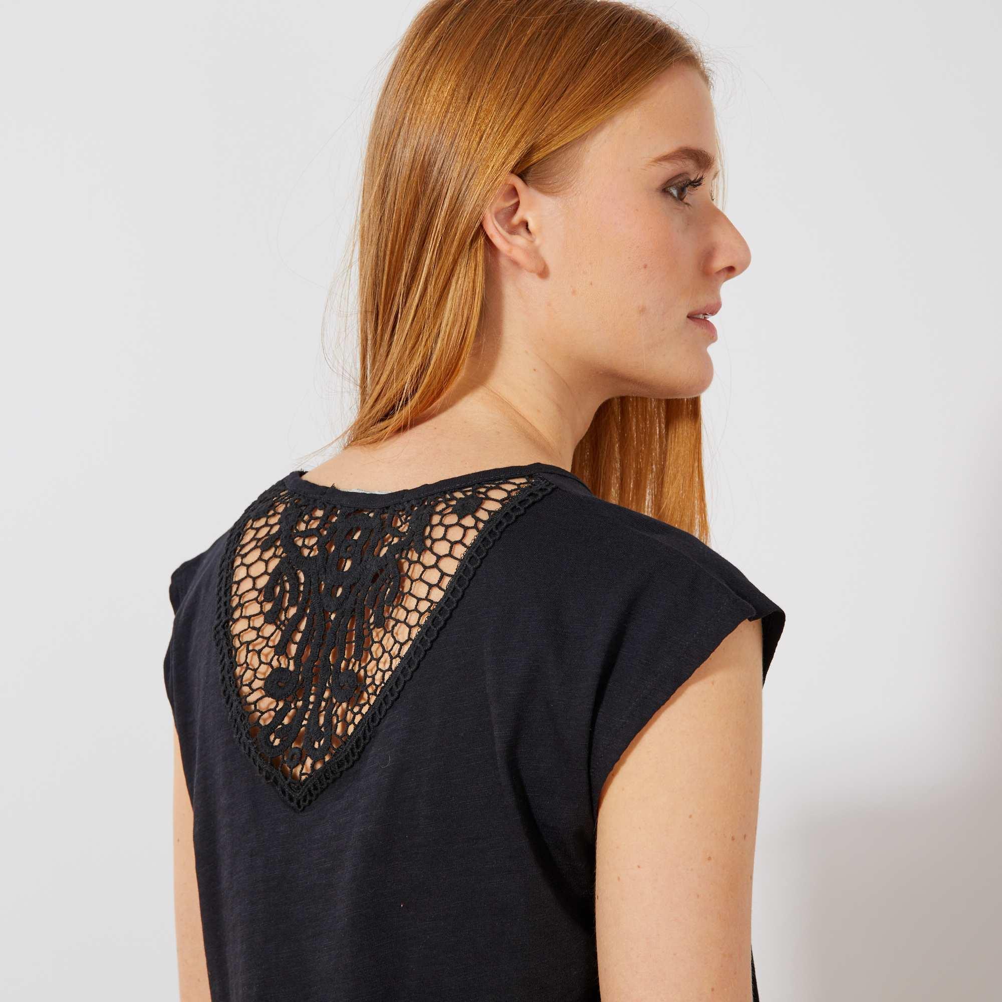 fbb51fb23e69a5 Soepele jurk met macramé op de rug Dameskleding - zwart - Kiabi - 20