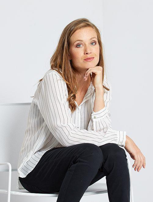 Soepelvallende blouse met bloemenprint 'Ecodesign'                                                                                                         WIT