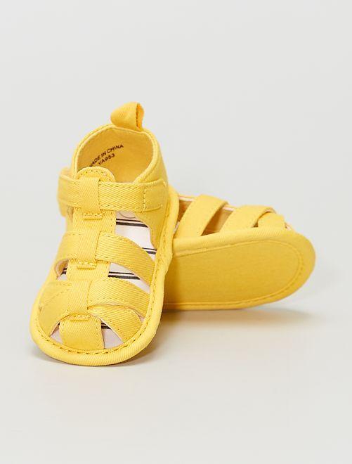 Stoffen sandalen                             GEEL