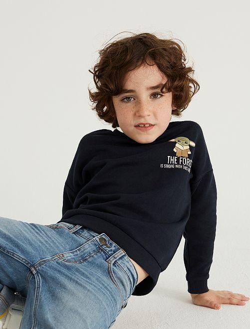Sweater 'Baby Yoda' 'Ecodesign'                             ZWART