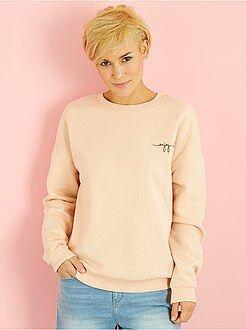 Sweater - Sweater met geborduurd opschrift