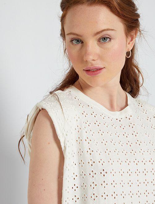 T-shirt met borduurwerken vooraan                                 sneeuw wit