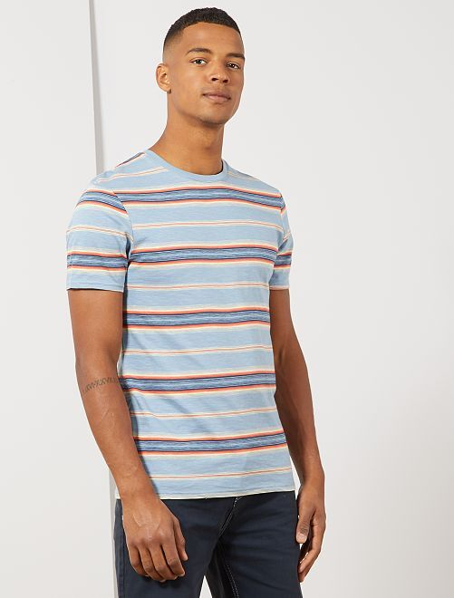 T-shirt met gekleurde streepjes                                                     BLAUW Herenkleding