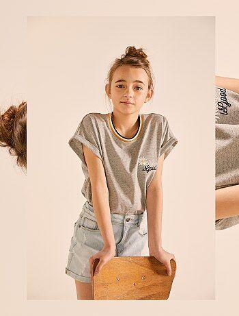 1b5dd5bab04 Meisjeskleding 10-18 jaar - Wijdvallend geborduurd T-shirt - Kiabi