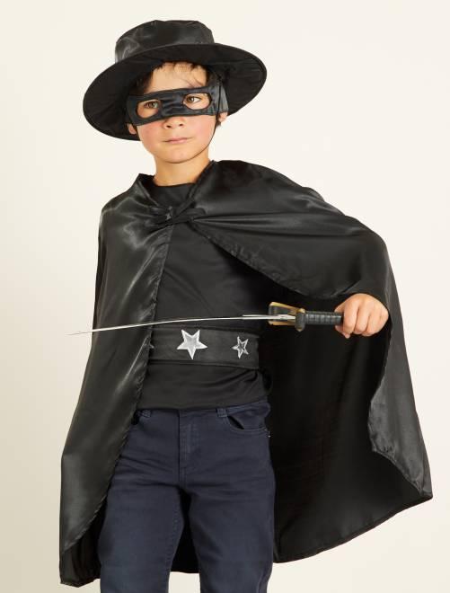 Zwarte ridderkostuum                             zwart