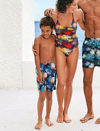 Kinderkleding Stoer.Trendy Kinderkleding Voor Jongens Die Stoer En Beweeglijk Zijn Kiabi